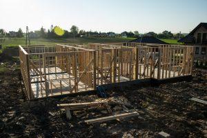 konstrukcja ścian domu szkieletowego