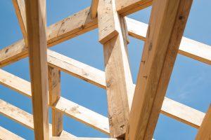 podpora krowki i montaż OSB na dachu