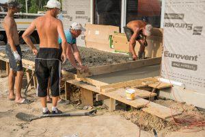 podwieszany taras betonowy