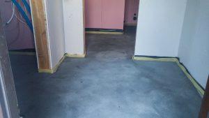 wylewki betonowe w domu szkieletowym