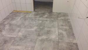 płytki podłogowe w łazience